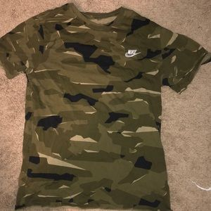 Nike camo tshirt